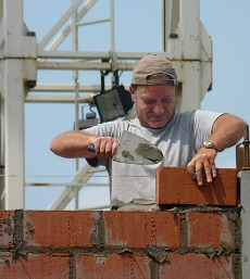 """Bricklayer"